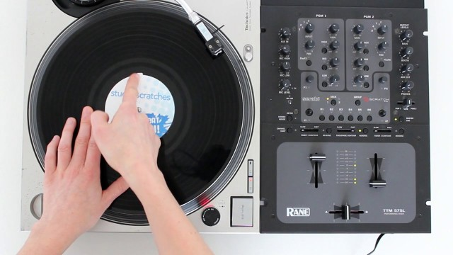 How to Scratch or Be a Turntablist (with Pictures) - wikiHow